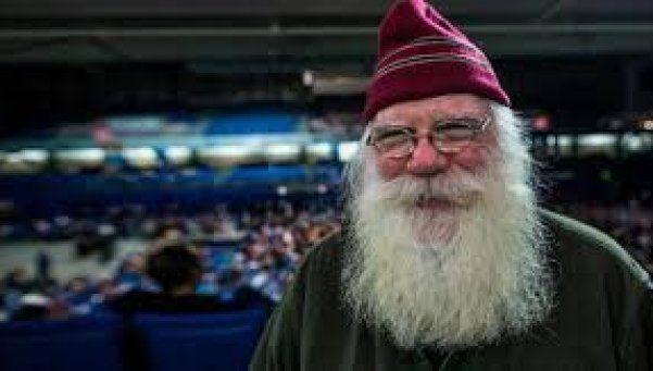 Santa Claus se presentó en elecciones en el Polo Norte y ganó