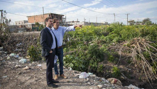 La Plata: denuncian al intendente por basurales