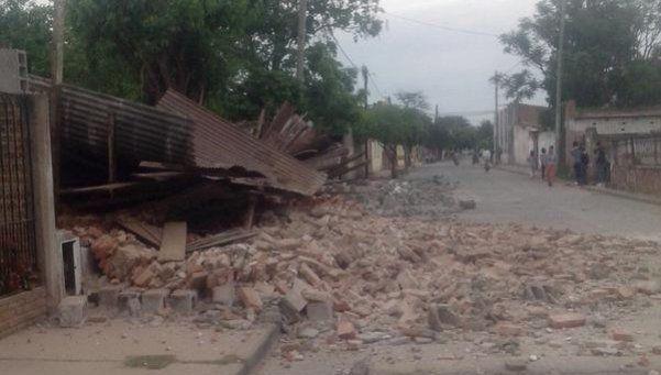 Fuerte sismo en el norte del país: un muerto y más de 10 heridos