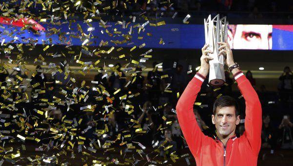 Djokovic arrasó en Asia: ganó Shanghai y obtuvo el título 25