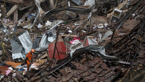 Explosión en Río de Janeiro destruyó 20 viviendas