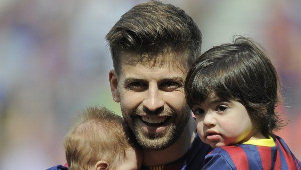 Insólito: el hijo de Piqué es hincha de River, rival del Barcelona
