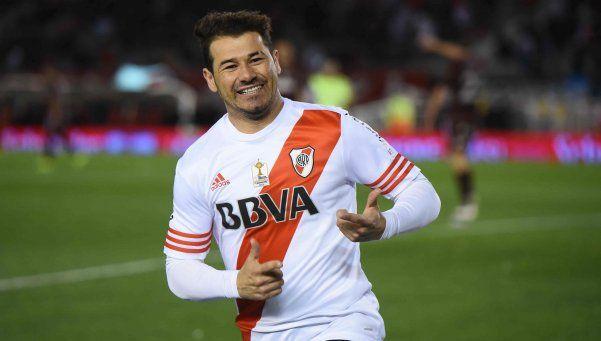 Se acerca Armani y hay peligro de venta por el uruguayo Mora