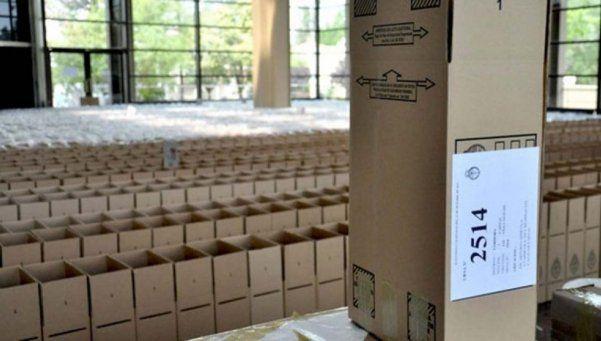 Comenzó el operativo de distribución de urnas en CABA