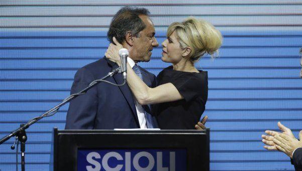 """Scioli: """"Convoco a los indecisos, los independientes y los peronistas"""