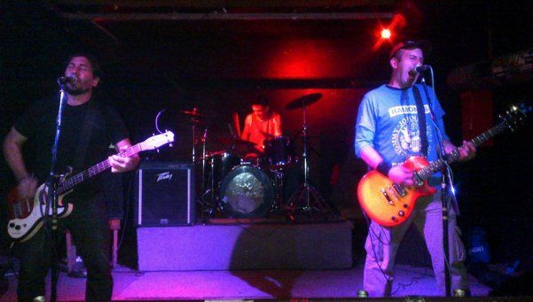 Desas3, punk rock alternativo