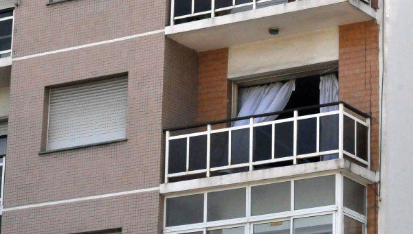 Quiso entrar por el balcón de su ex, cayó al vacío y murió