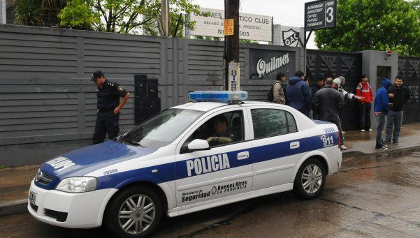 Quilmes: se peleó con su novia y le mordió la cara frente a policías