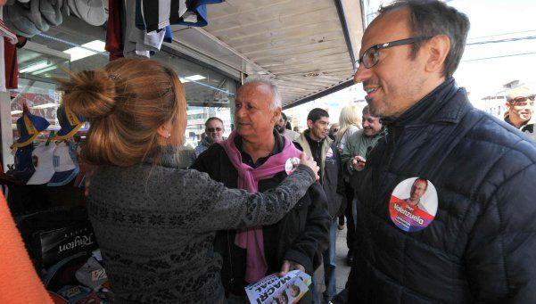 Valenzuela propone limitar periodos de mandato de los intendentes
