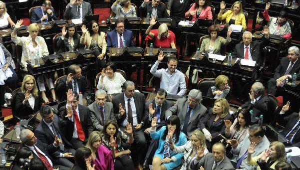 La Asamblea Legislativa proclamó a Scioli y a Macri