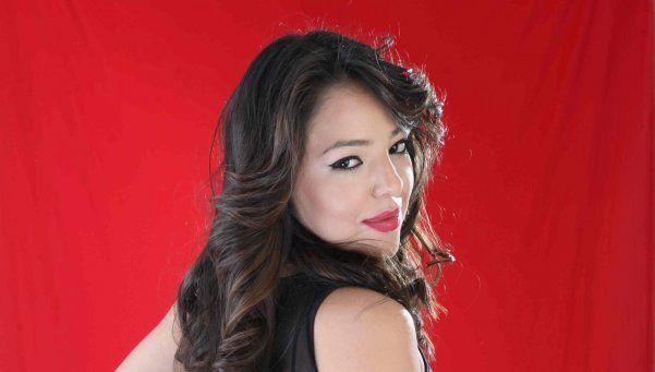 Evelyn, una fanática de River Plate que sueña con ser bailarina