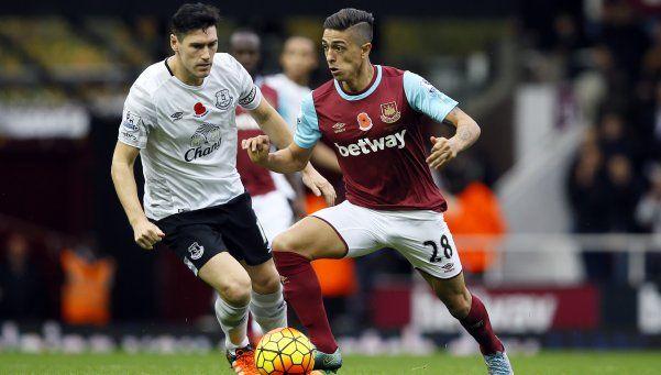 Lanzini hizo un golazo en el empate del West Ham con Everton