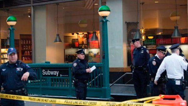 Tiroteo en el subte de Nueva York deja un muerto y dos heridos