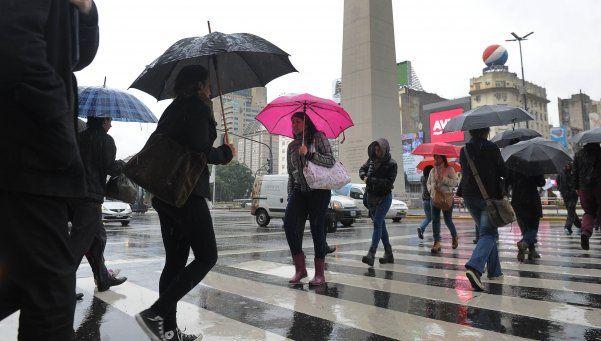 Un domingo de lluvias constantes para la Ciudad y alrededores