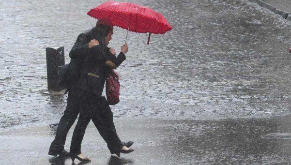 Alerta meteorológico por tormentas para la Ciudad y la Provincia