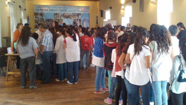 Mesa Socioeducativa para prevenir deserción escolar en San Vicente