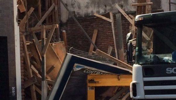 Derrumbe de una obra en construcción en Floresta dejó 4 heridos