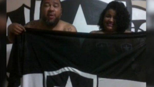 La pareja de Botafogo que se desnudará si consiguen el ascenso