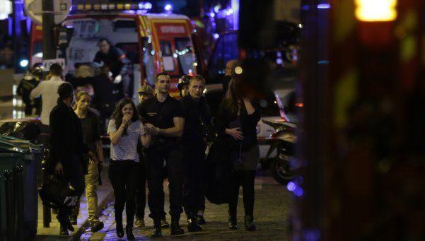 Dramático | Al menos 100 muertos en la toma de rehenes en la sala de conciertos