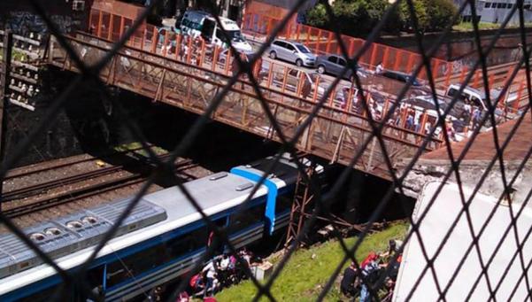 Tren Sarmiento: maniobra brusca dejó 11 heridos leves en Caballito