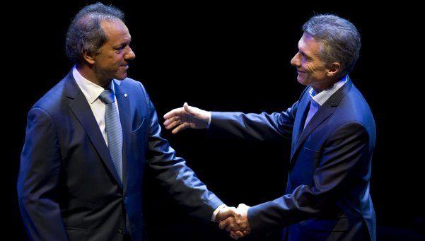 Argentina Debate: Scioli y Macri animaron una reunión caliente