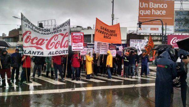 Múltiples cortes por reclamos de trabajadores