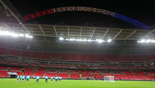 Video | Hinchas ingleses cantaron La Marsellesa en Wembley