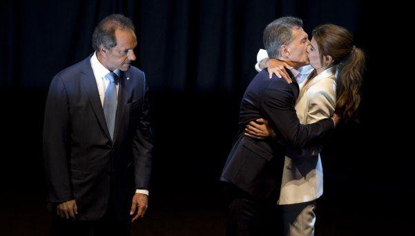 Macri habló del célebre beso con Awada