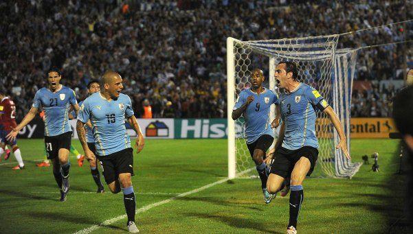 Se la tenía jurada: Uruguay aplastó a Chile en un duelo picante