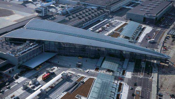 Evacuados en Dinamarca y Londres por alertas de seguridad