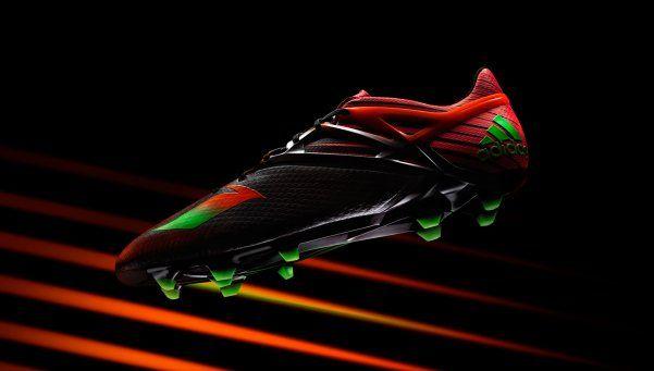Mirá los nuevos botines que diseñó Messi con los colores de Newells