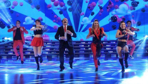 Campi hizo que Julio Bárbaro baile el K-Pop