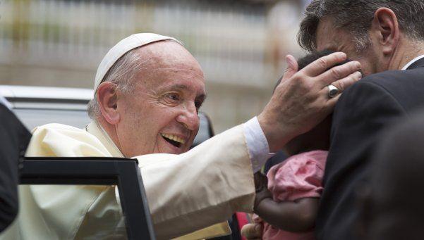 Uganda: el Papa llamó a construir una sociedad más justa y sin exclusiones
