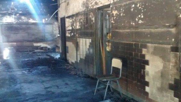 Moreno: detuvieron a dos sospechosos por el incendio de escuela