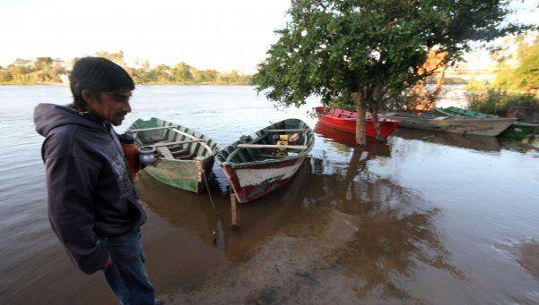 Sube sin freno el río Paraná y ya hay alerta en el Chaco
