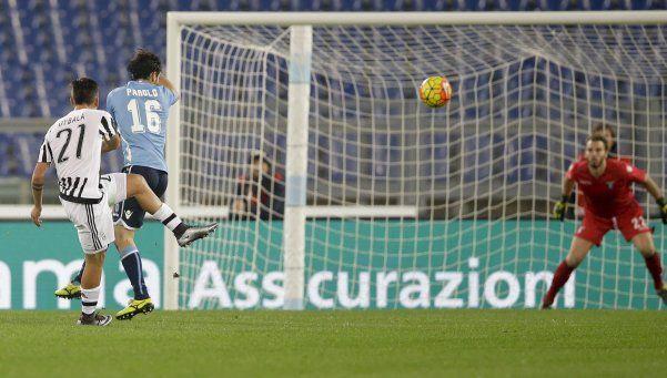 Juventus derrotó a Lazio y continúa su remontada al ritmo de Dybala