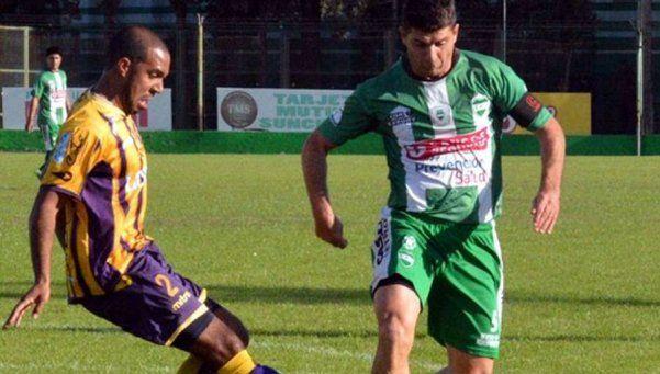 La primera final por el ascenso a la B Nacional terminó en empate