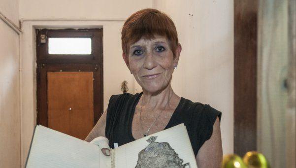 Sanadora realiza psicografías bajo inspiración divina