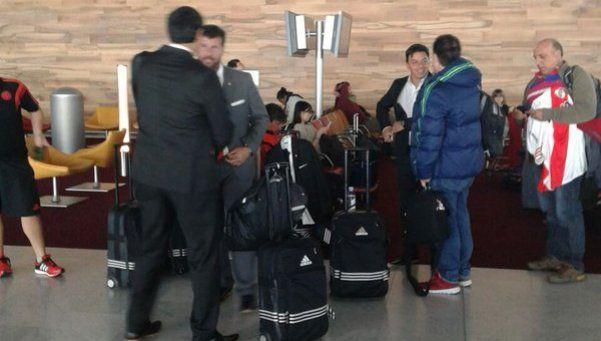Parte de delegación de River llegó a Japón