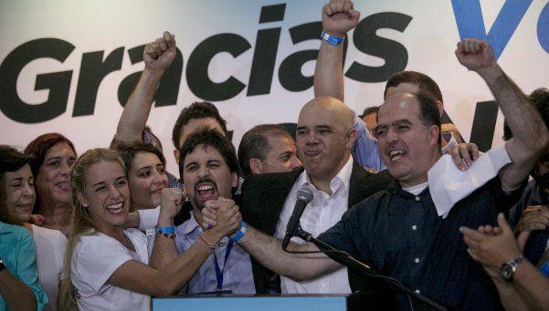 10 cosas que podrá hacer la oposición para limitar el poder de Maduro