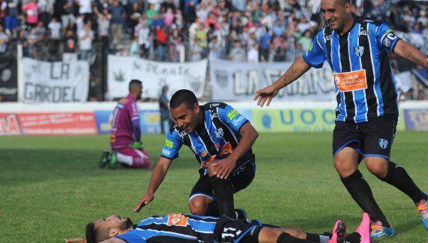 Almagro logró el ascenso a la B Nacional