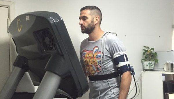 Lisandro López pasó la revisión médica y jugará en Racing
