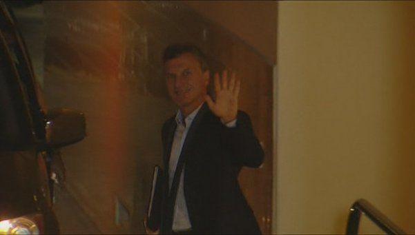 Así partía Macri desde su casa hacia la asunción de Vidal