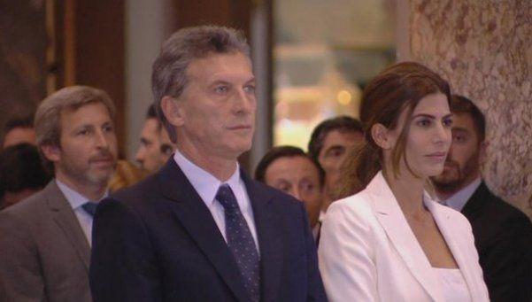 Macri y su equipo asistieron a una misa en la Catedral Metropolitana