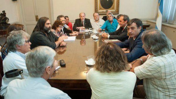 Bullrich se reunió con los cinco gremios docentes nacionales