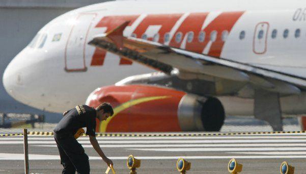 Un avión de TAM regresó a Madrid por una amenaza de bomba