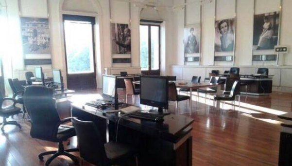 En la Casa Rosada, el Salón de Mujeres es ahora una oficina