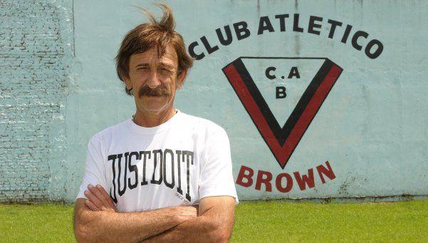 Brown de Adrogué: La internación de Vico alteró los planes