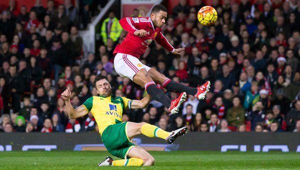 El Norwich le dio un nuevo cachetazo al United en Manchester