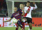 Mascherano renovó con Barcelona y se aleja del fútbol argentino